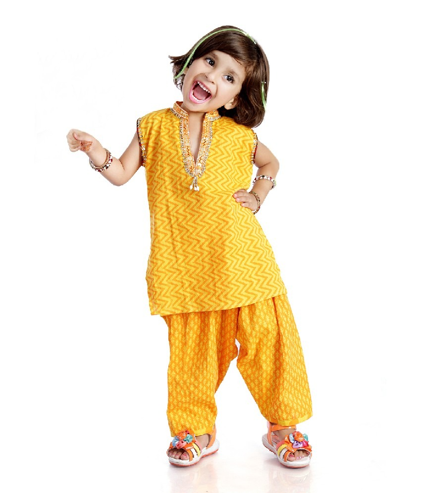 Kids Salwar Kameez And Moms Salwar Kameez